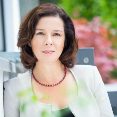 Эвелина Габор - русскоговорящий налоговый советник в Берлине