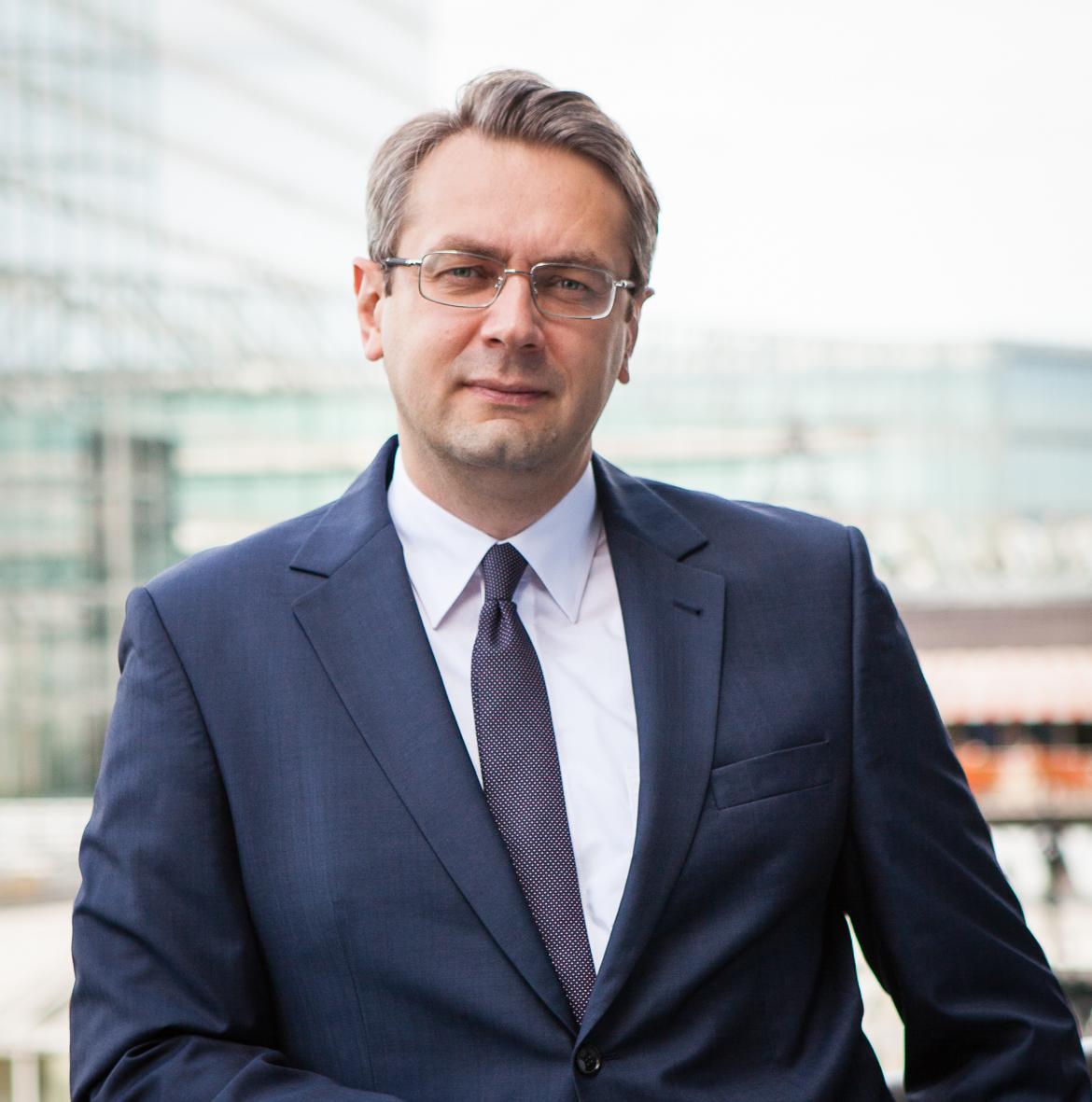 Русскоязычныe адвокаты, коммерческое и корпоративное право. Нотариус в Берлине