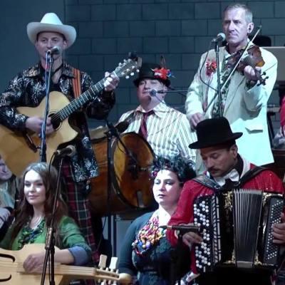 ������� ������ �Hudaki Village Band� � �������