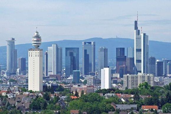 Дом-гигант во Франкфурте-на-Майне