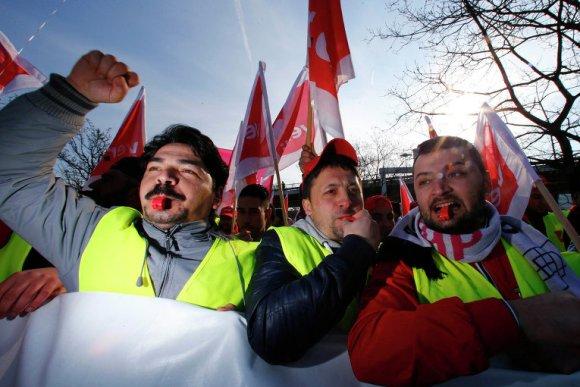 Не полететь и не уехать – забастовки в Германии