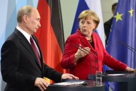 Меркель и Путин обсудили ситуацию на Донбассе