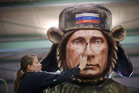 Майнц: макияж Путина от немцев