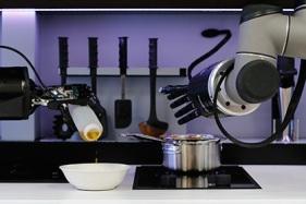 Первый в мире робот-повар представлен в Ганновере