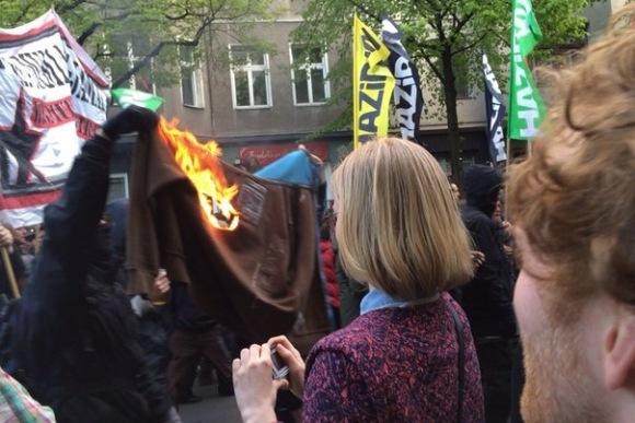 Первомай: священный ритуал кричащих людей