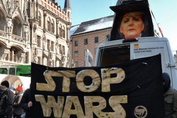 Немецкие генералы призвали НАТО остановить «военную истерию» и русофобию
