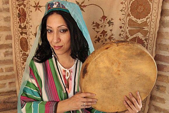 Концерт таджикской джаз и этно певицы Парвин Юсуфи в Берлине