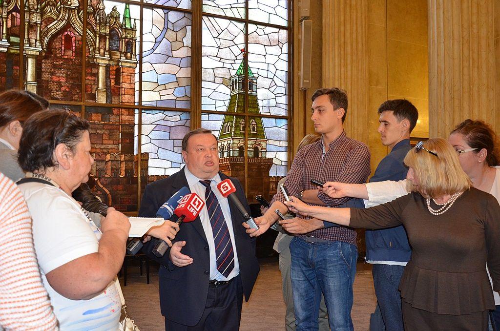 Берлин: соотечественники проголосовали за новый состав Госдумы России VII созыва
