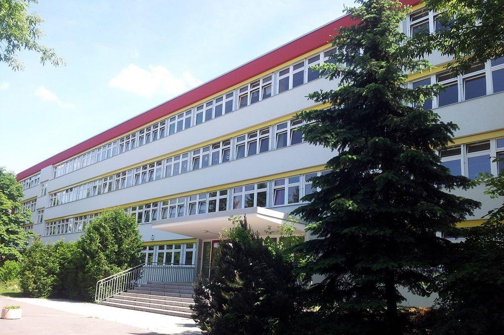 Добро пожаловать в школу им. Льва Толстого на день открытых дверей!