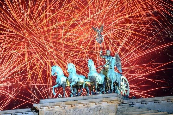 Новогодняя Ночь в Берлине 2018 Russische Silvesternacht