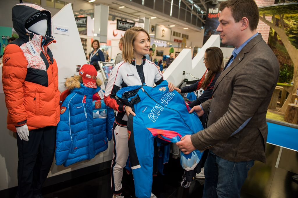 Кто одел российских гонщиков на ралли «DAKAR-2017»?