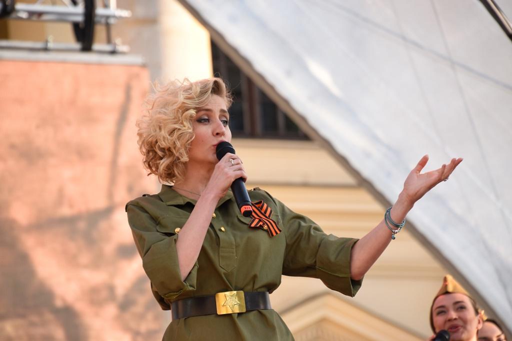 Берлин: песни войны во имя мира
