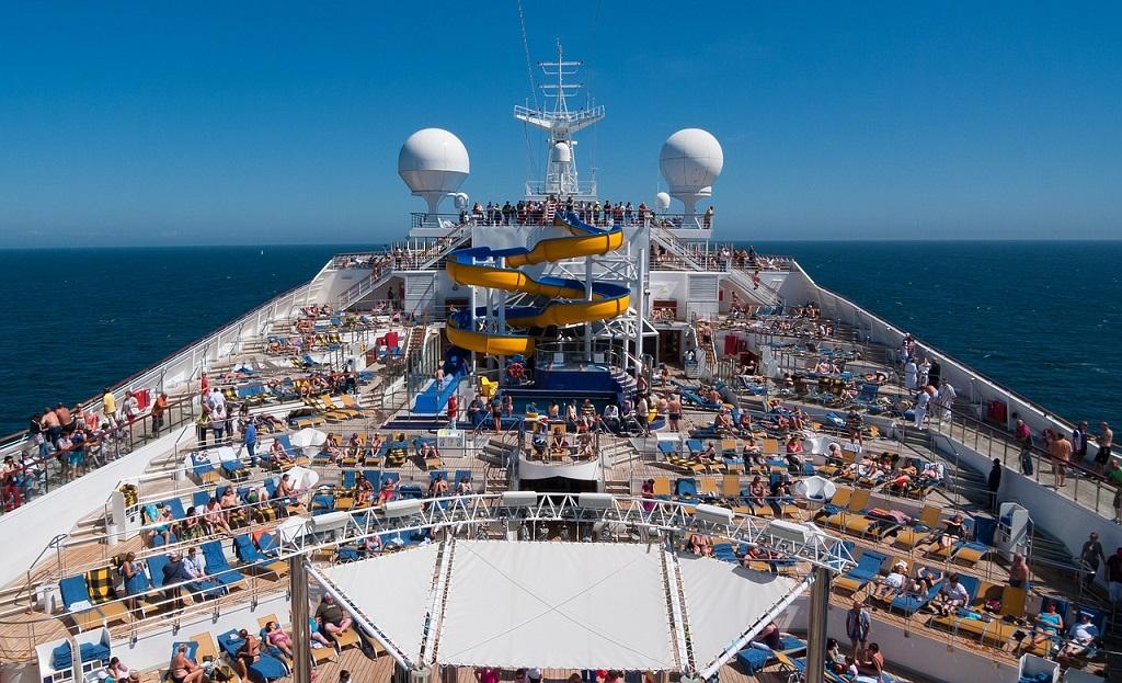 Большому кораблю - большое плавание. Цифры и факты о круизных лайнерах