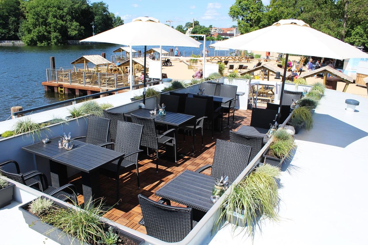 10 самых крутых пляжных баров Берлина