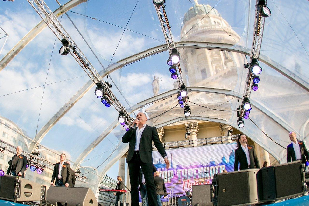 Народный артист России Михаил Турецкий представит документальный фильм «Песни Победы» и проект 2019 года