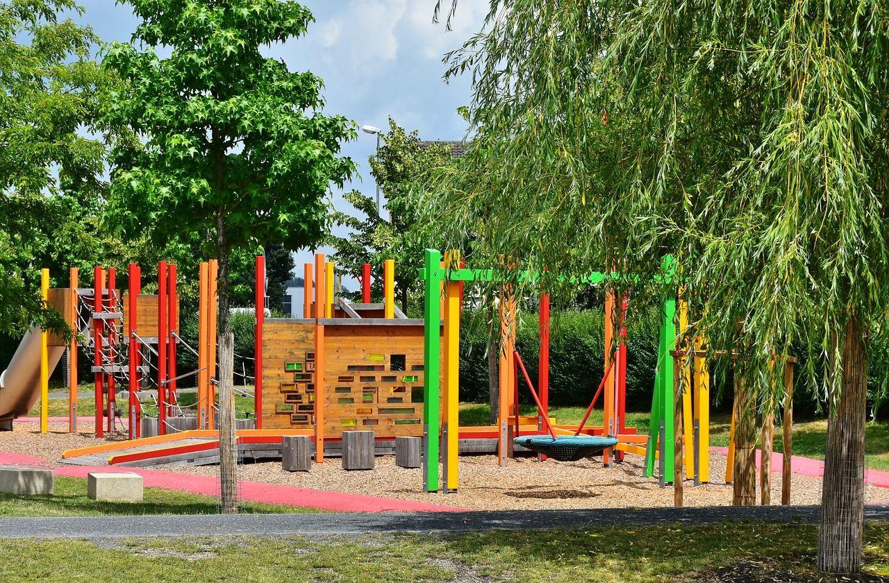 Берлин: детские площадки - открывать или повременить?
