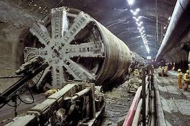 Из Германии в Данию через подводный туннель