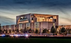 Берлинская реальность: вакансии есть, а кадров нет