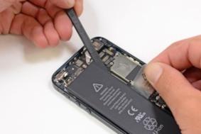 Apple меняет батареи в iPhone 5