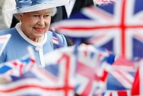 Елизавета II в Германии: посмотрите, это же королева!