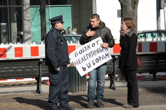БЕРЛИН ВЫБИРАЕТ ПРЕЗИДЕНТА РОССИИ