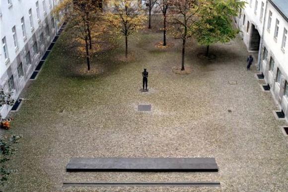Забытый концлагерь в самом центре Берлина: открылась выставка