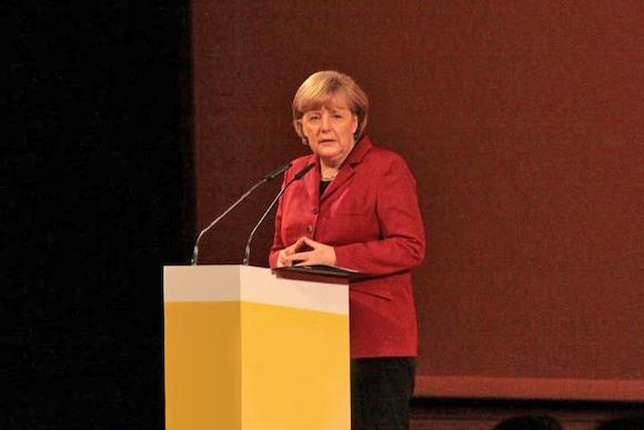 Парадокс Меркель: роль «мамочки» на выборах и после