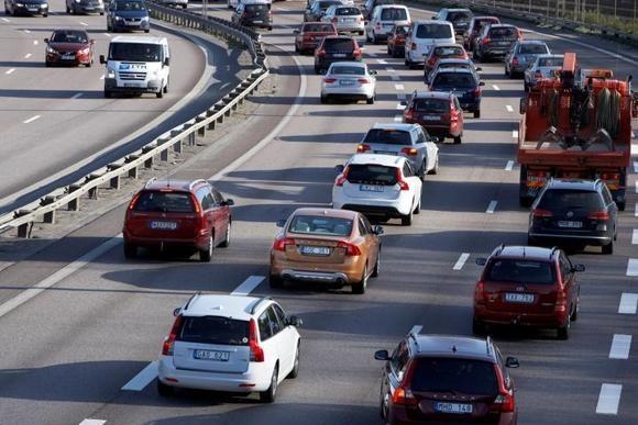 Автомобилям больше не нужен водитель