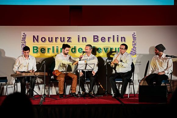 Навруз в Берлине. Исламский мир празднует начало весны.