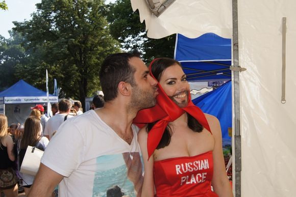 И вот на Фестивале появилась ... русская Кончита Вурст