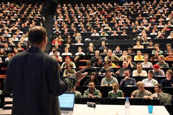 Германия оплатит учебу студентам из России