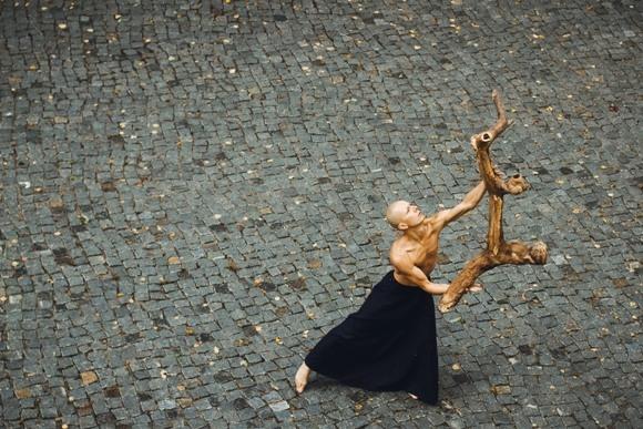 Новый моно-спектакль Павла Алёхина