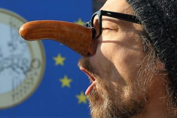Меркель назвала способы выхода из кризиса в еврозоне