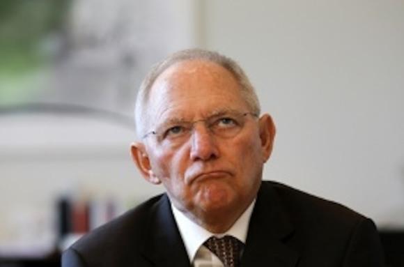 Шойбле не нравится сближение России и Греции