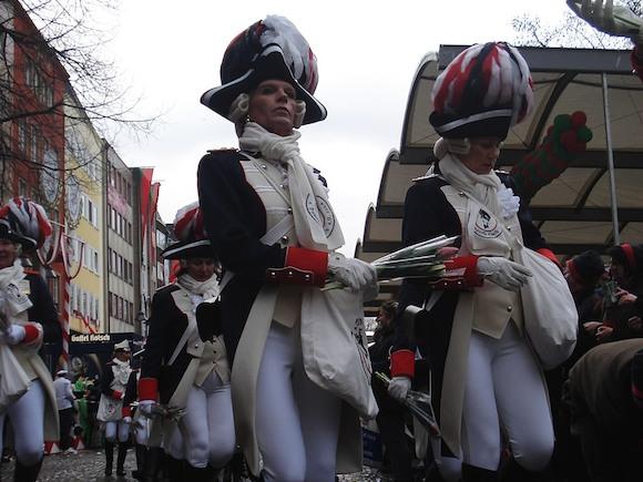 Кельнский карнавал: ветер, скандалы и полицейские