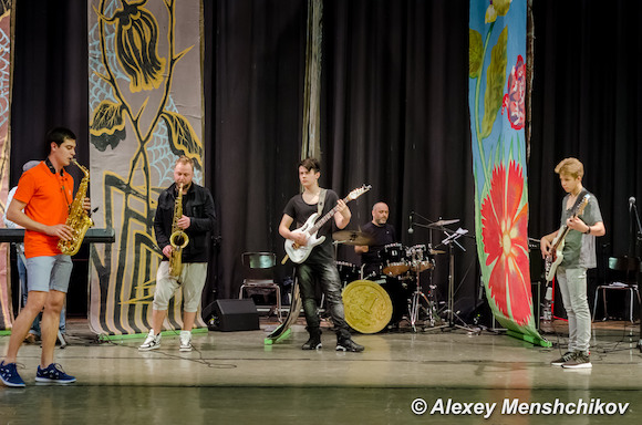 Премьера рок-оперы «Муха-Цокотуха»
