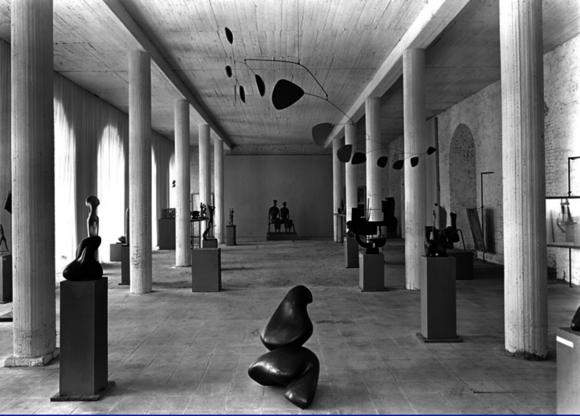 «Учиться у Афин» - в Касселе проходит «Документа», важнейшая выставка современного искусства