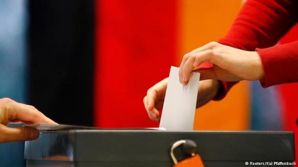 Германия проголосовала за Меркель, Берлин выбрал Тегель, а победила Кения