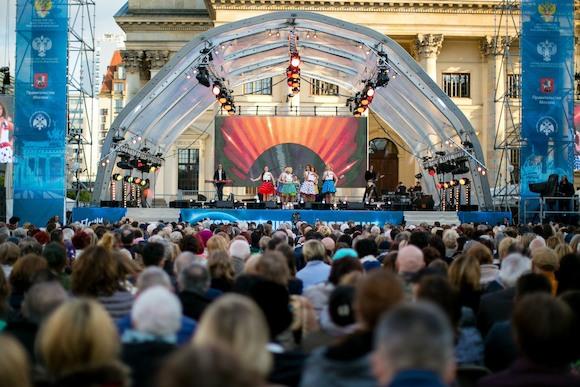 Михаил Турецкий представит документальный фильм «Песни Победы» и проект 2019 года в Берлине
