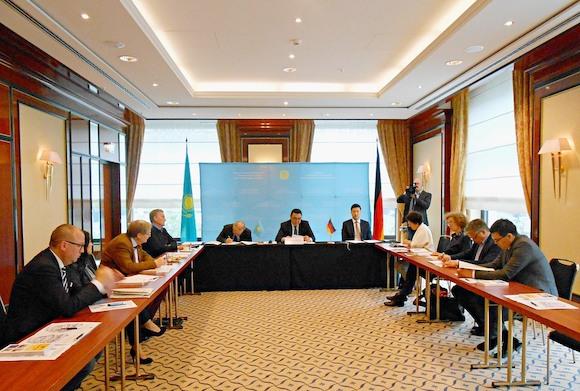 Предстоящие выборы президента Казахстана. Брифинг в Берлине