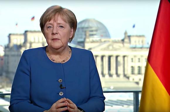 Ангела Меркель: «У пандемии нет праздников»