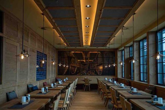 «ОБАЦДА, СЭР!» В баварском ресторане Maximilians Berlin празднуют Октоберфест